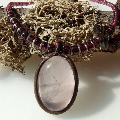 ローズクオーツ(紅水晶)とガーネット両剣水晶ペンダントネックレス☆天然石パワーストーンアクセサリー