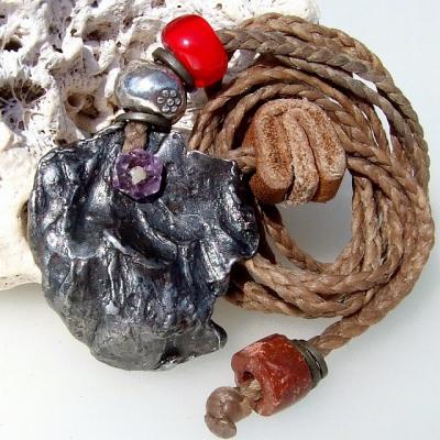 シホーテアリン隕石とアメジストのハンドメイドネックレス