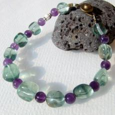 アメジスト(紫水晶)グリーンフローライト(蛍石)ハンドメイドブレスレット☆天然石パワーストーンアクセサリー